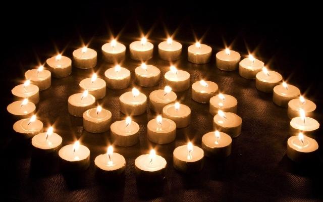 Candle www.fanpop.com
