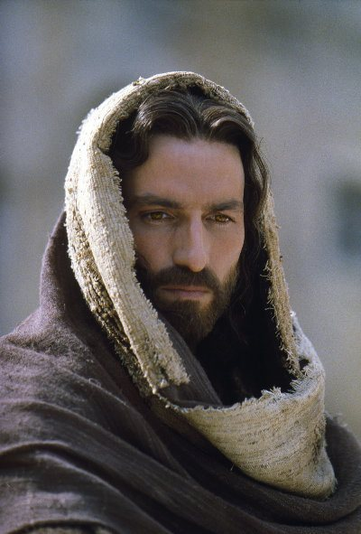jesus-face-clothed