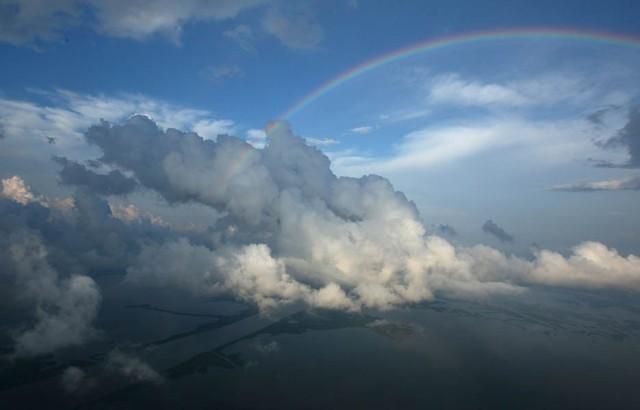 rainbow-cloud-935-1362427604