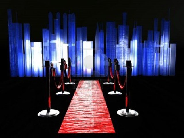 5155540-a-red-carpet-with-stanchions-and-spot-lights