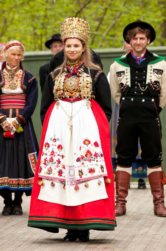 Modern Norwegian bride from eastern Telemark
